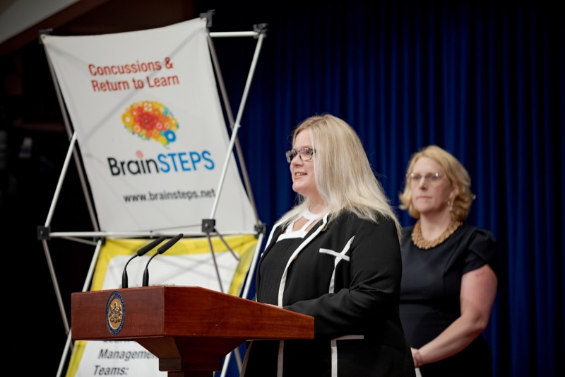 """<a href=""""http://filesource.abacast.com/commonwealthofpa/photo/17411_DOH_Brain_Injuries_NK_009.JPG"""" target=""""_blank"""">⇣Download Photo<br></a>Dr. Brenda Eagan-Johnson, of BrainSTEPS Brain Injury School Consulting Program, speaks during a press conference on traumatic brain injuries inside the Capitol Media Center on Thursday, September 12, 2019."""