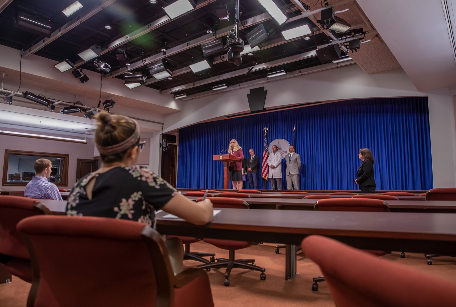 "<a href=""http://filesource.abacast.com/commonwealthofpa/photo/17415_DOH_RXGuidlines_AG_05.jpg"" target=""_blank"">⇣ Download Photo<br></a>Harrisburg, PA.  Dr. Rachel Levine, Secretary of the Pennsylvania Dept. of Health, speaking at Wednesday's press conference to announce the latest updated prescribing guideline, Treating Pain in Patients with OUD, as part of the second Stop Overdoses in PA: Get Help Now Week, a statewide initiative to get the overdose reversal medication naloxone to Pennsylvanians and get help for residents suffering from the disease of opioid use disorder (OUD).  September 18, 2019"
