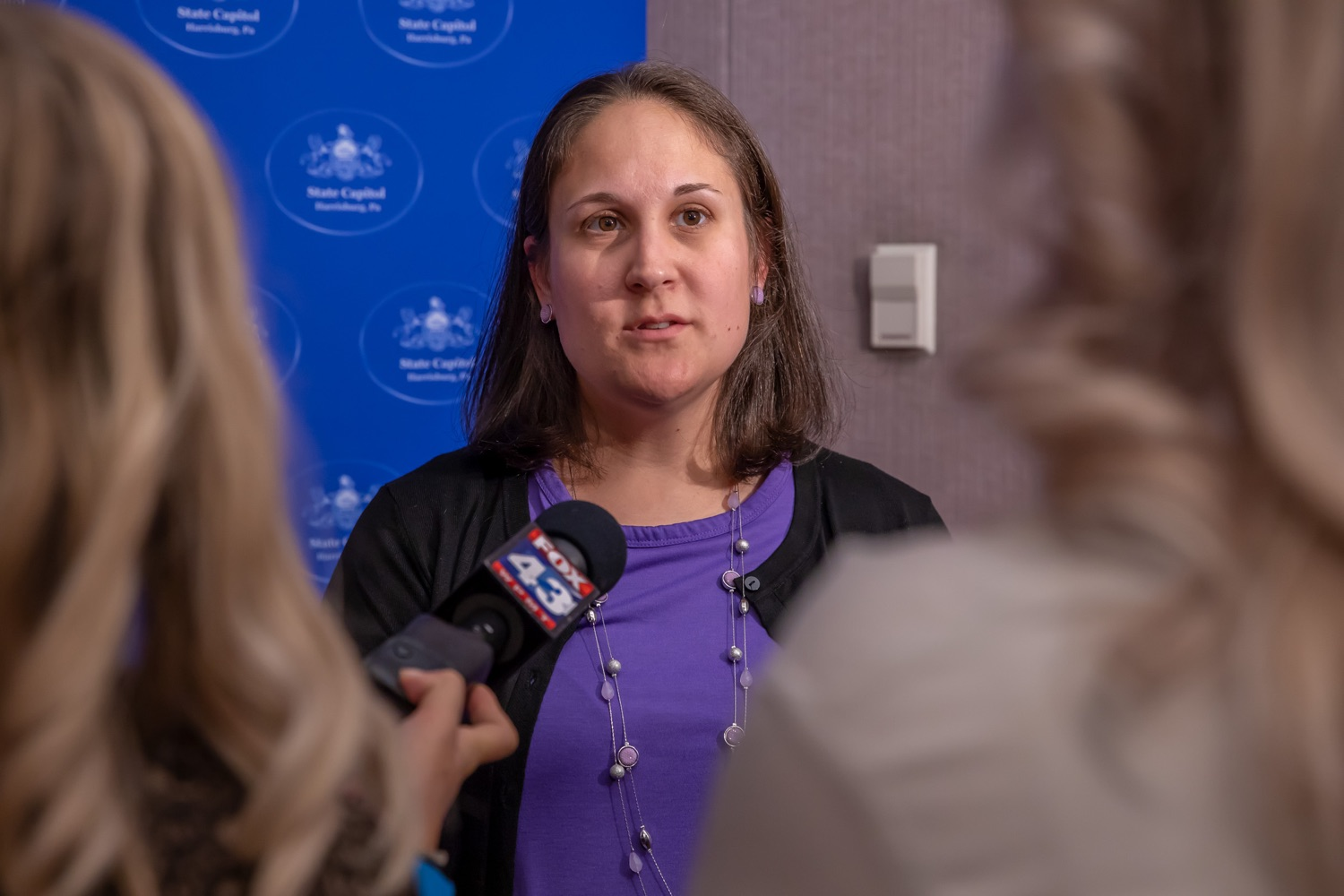 "<a href=""http://filesource.abacast.com/commonwealthofpa/photo/17415_DOH_RXGuidlines_AG_17.jpg"" target=""_blank"">⇣ Download Photo<br></a>Harrisburg, PA.  Jen Smith, Secretary of Dept. of Drug and Alcohold Programs, speaking to media outlets after Wednesday's press conference announcing the latest updated prescribing guideline, Treating Pain in Patients with OUD, as part of the second Stop Overdoses in PA: Get Help Now Week, a statewide initiative to get the overdose reversal medication naloxone to Pennsylvanians and get help for residents suffering from the disease of opioid use disorder (OUD).  September 18, 2019"