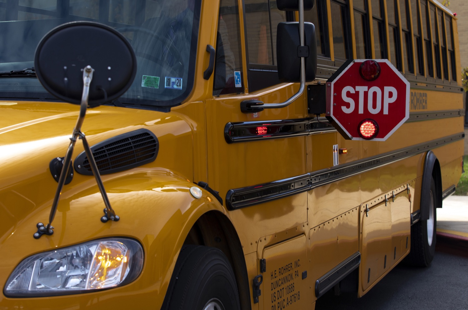 """<a href=""""http://filesource.abacast.com/commonwealthofpa/photo/17458_pdot_safeStop_0001.jpg"""" target=""""_blank"""">⇣Download Photo<br></a>Wolf Administration Stresses School Bus Safety, Announces Results of Enforcement Initiative"""