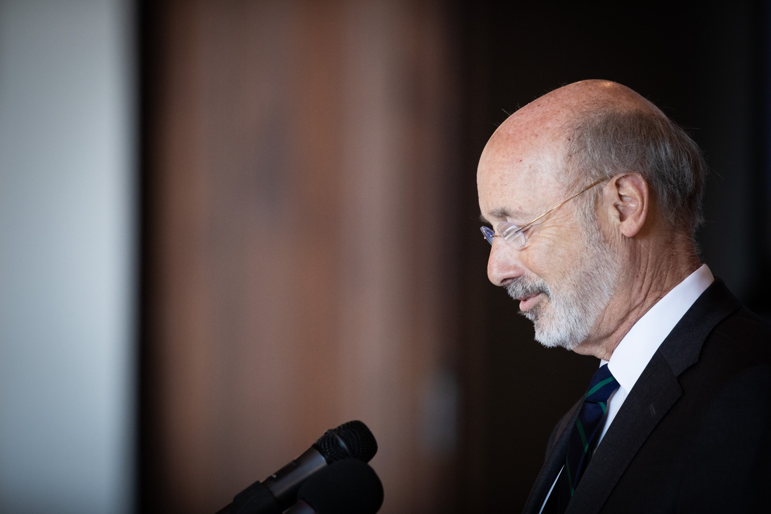 "<a href=""http://filesource.abacast.com/commonwealthofpa/photo/17467_gov_opioids_dz_007.JPG"" target=""_blank"">⇣ Download Photo<br></a>Boalsburg, PA  Governor Tom Wolf addressing the summit. Governor Tom Wolf today kicked off his administrations first Opioid Command Center Opioid Summit: Think Globally, Act Locally, which brought together 200 individuals helping their communities fight the opioid crisis, including community organizations, non-profits, schools, health care workers, addiction and recovery specialists, and families affected by the opioid crisis.  Tuesday, October 1, 2019"