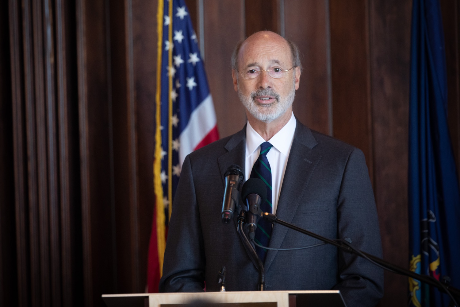 """<a href=""""http://filesource.abacast.com/commonwealthofpa/photo/17467_gov_opioids_dz_012.JPG"""" target=""""_blank"""">⇣Download Photo<br></a>Boalsburg, PA  Governor Tom Wolf addressing the summit. Governor Tom Wolf today kicked off his administrations first Opioid Command Center Opioid Summit: Think Globally, Act Locally, which brought together 200 individuals helping their communities fight the opioid crisis, including community organizations, non-profits, schools, health care workers, addiction and recovery specialists, and families affected by the opioid crisis.  Tuesday, October 1, 2019"""