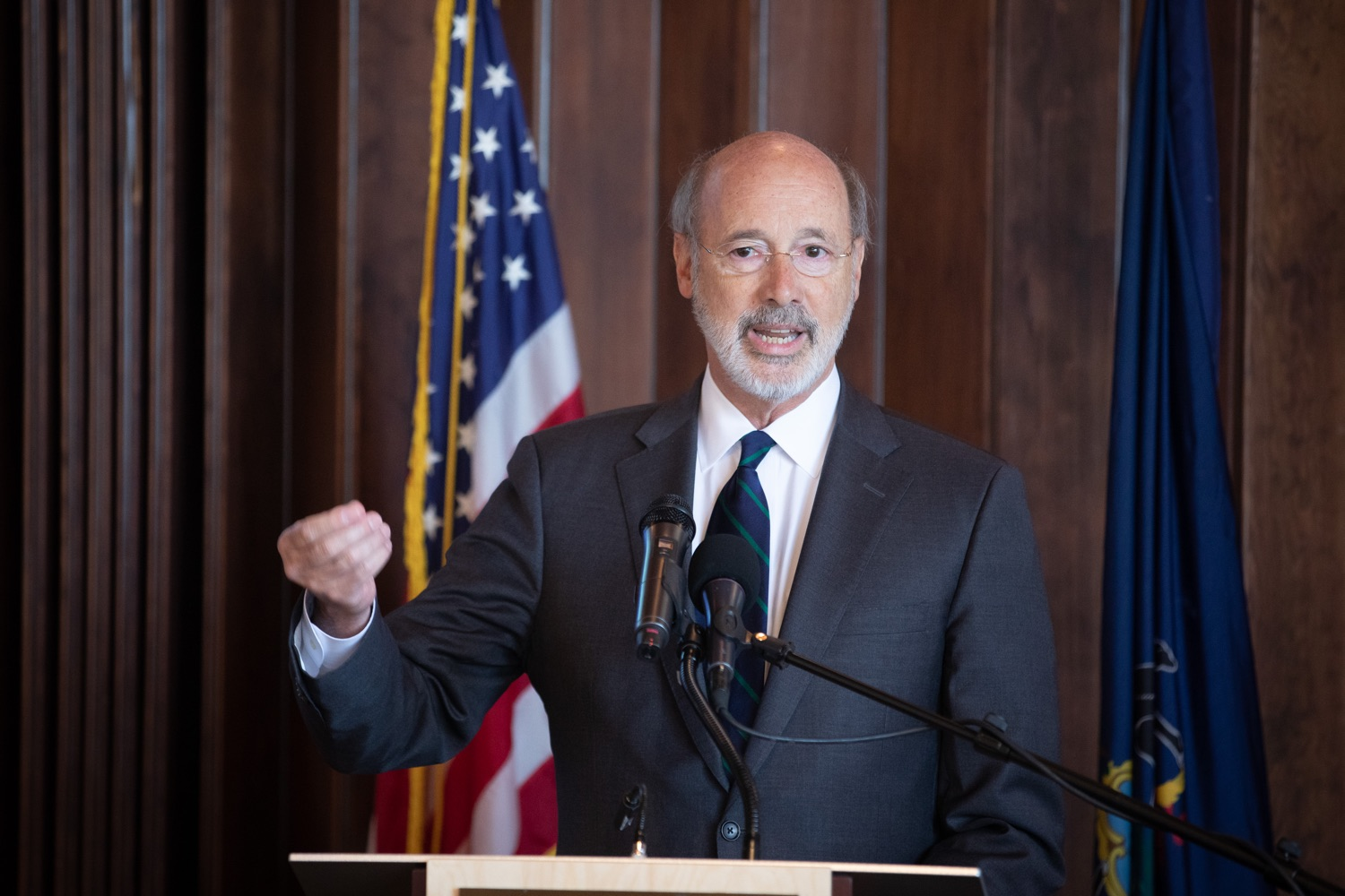 "<a href=""http://filesource.abacast.com/commonwealthofpa/photo/17467_gov_opioids_dz_018.JPG"" target=""_blank"">⇣ Download Photo<br></a>Boalsburg, PA  Governor Tom Wolf addressing the summit.  Governor Tom Wolf today kicked off his administrations first Opioid Command Center Opioid Summit: Think Globally, Act Locally, which brought together 200 individuals helping their communities fight the opioid crisis, including community organizations, non-profits, schools, health care workers, addiction and recovery specialists, and families affected by the opioid crisis.  Tuesday, October 1, 2019"