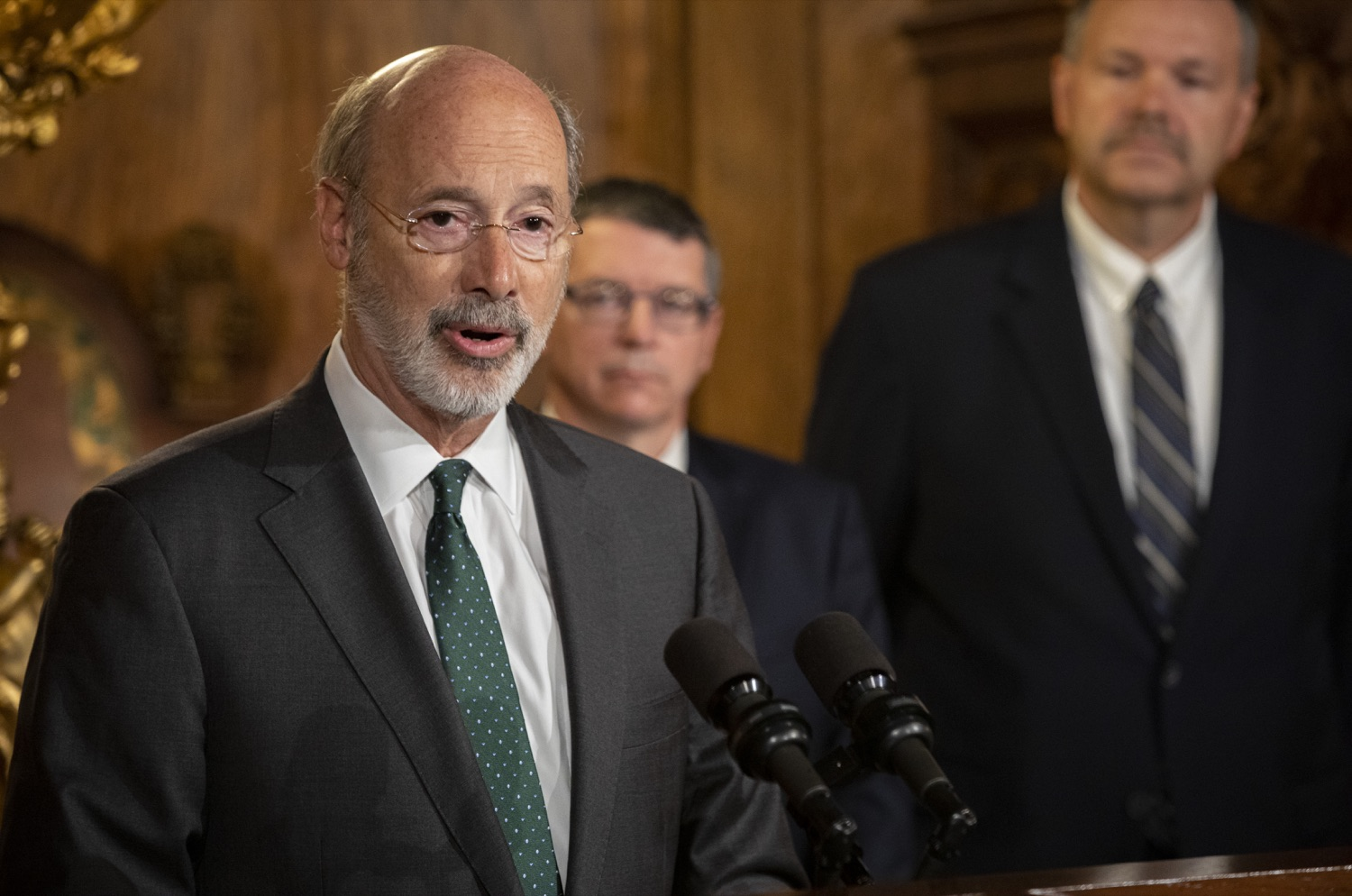 "<a href=""http://filesource.abacast.com/commonwealthofpa/photo/17469_GOV_ClimateChange_DE_004.jpg"" target=""_blank"">⇣ Download Photo<br></a>Governor Wolf Takes Executive Action to Combat Climate Change, Carbon Emissions"