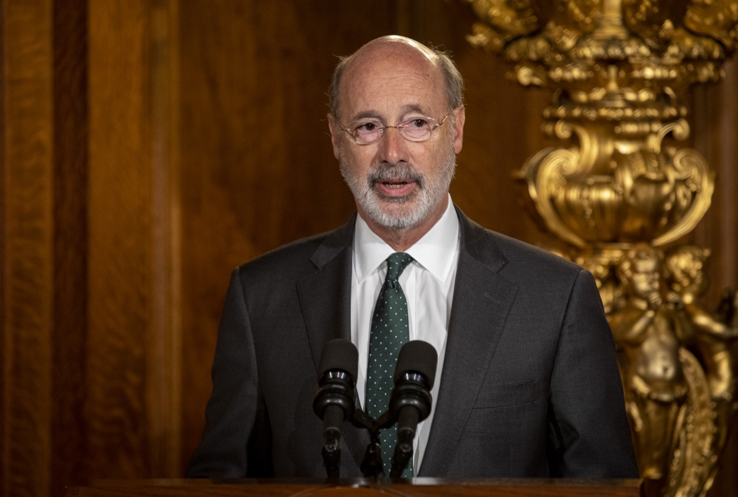 """<a href=""""http://filesource.abacast.com/commonwealthofpa/photo/17469_GOV_ClimateChange_DE_006.jpg"""" target=""""_blank"""">⇣Download Photo<br></a>Governor Wolf Takes Executive Action to Combat Climate Change, Carbon Emissions"""