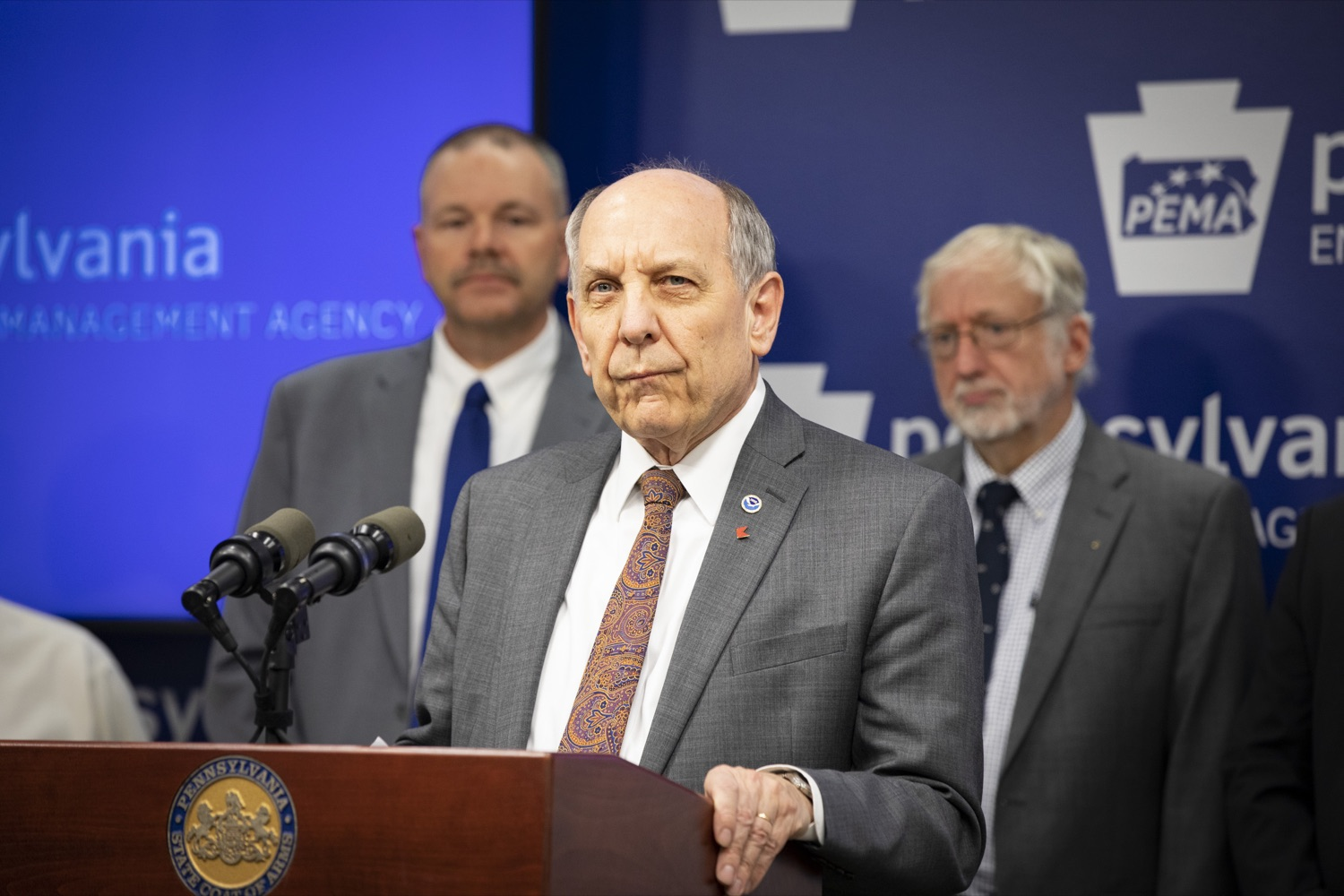 "<a href=""http://filesource.abacast.com/commonwealthofpa/photo/17500_pema_StormReady_cz_11.JPG"" target=""_blank"">⇣ Download Photo<br></a>National Weather Service Director Dr. Louis Uccellini, Ph.D., discusses the importance of meeting the StormReady requirements for Pennsylvania and its visitors, in Harrisburg on November 20, 2019."