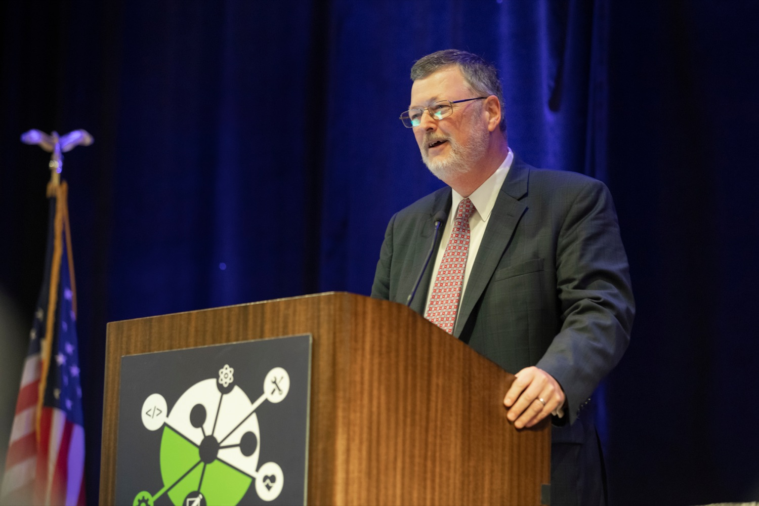 "<a href=""http://filesource.abacast.com/commonwealthofpa/photo/17520_LandI_Apprenticeships_NK_006.JPG"" target=""_blank"">⇣ Download Photo<br></a>Jerry Oleksiak, secretary of Pennsylvania's department of Labor and Industry, speaks during the 2019 Pennsylvania Apprenticeship Summit at Hershey Lodge on Thursday, October 31, 2019."