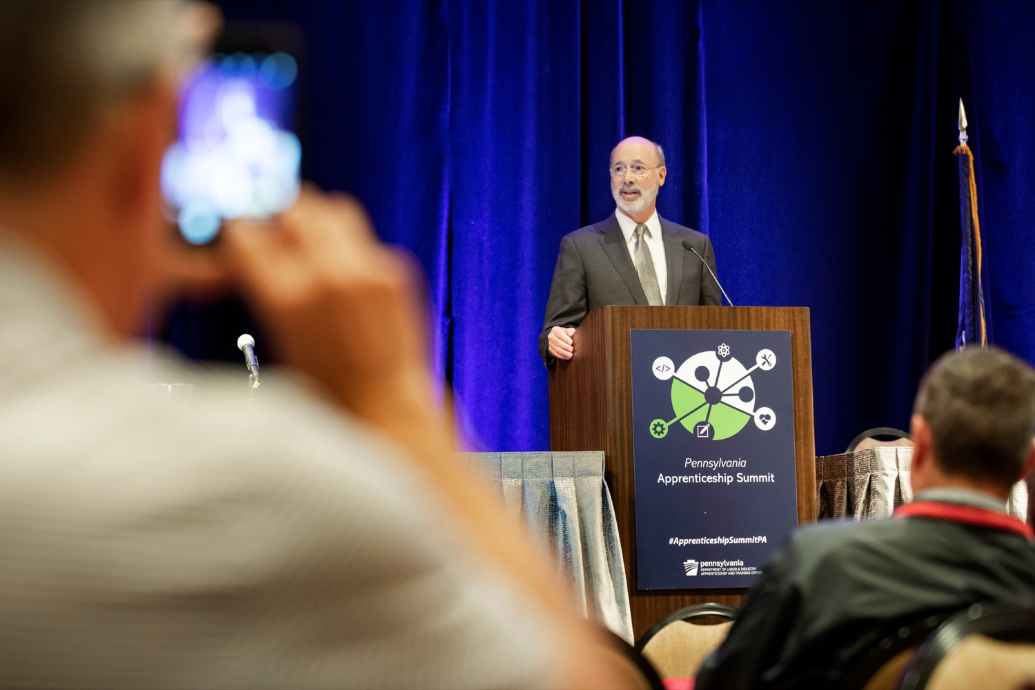 """<a href=""""http://filesource.abacast.com/commonwealthofpa/photo/17520_LandI_Apprenticeships_NK_008.JPG"""" target=""""_blank"""">⇣Download Photo<br></a>Pennsylvania Governor Tom Wolf speaks during the 2019 Pennsylvania Apprenticeship Summit at Hershey Lodge on Thursday, October 31, 2019."""