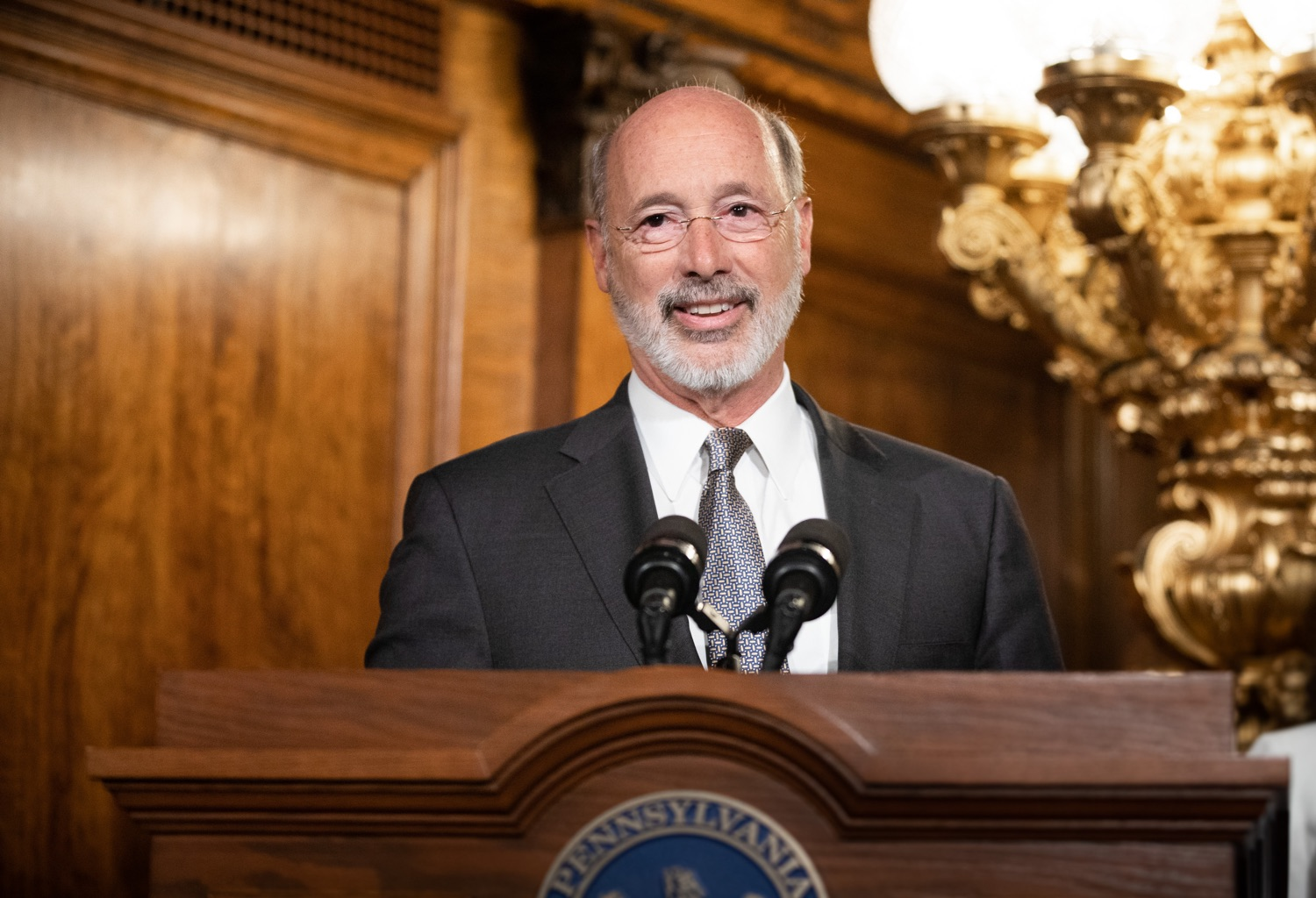 "<a href=""http://filesource.abacast.com/commonwealthofpa/photo/17554_gov_voter_reform_bill_dz_002.jpg"" target=""_blank"">⇣ Download Photo<br></a>Harrisburg, PA  Governor Tom Wolf speaks at the Election Reform Bill signing.  Governor Wolf made voting more convenient and secure by signing Act 77 of 2019, the most significant improvement to Pennsylvanias elections in more than 80 years. The bipartisan compromise legislation takes effect for the April 2020 primary election and makes Pennsylvania a national leader with voter-friendly election reforms."