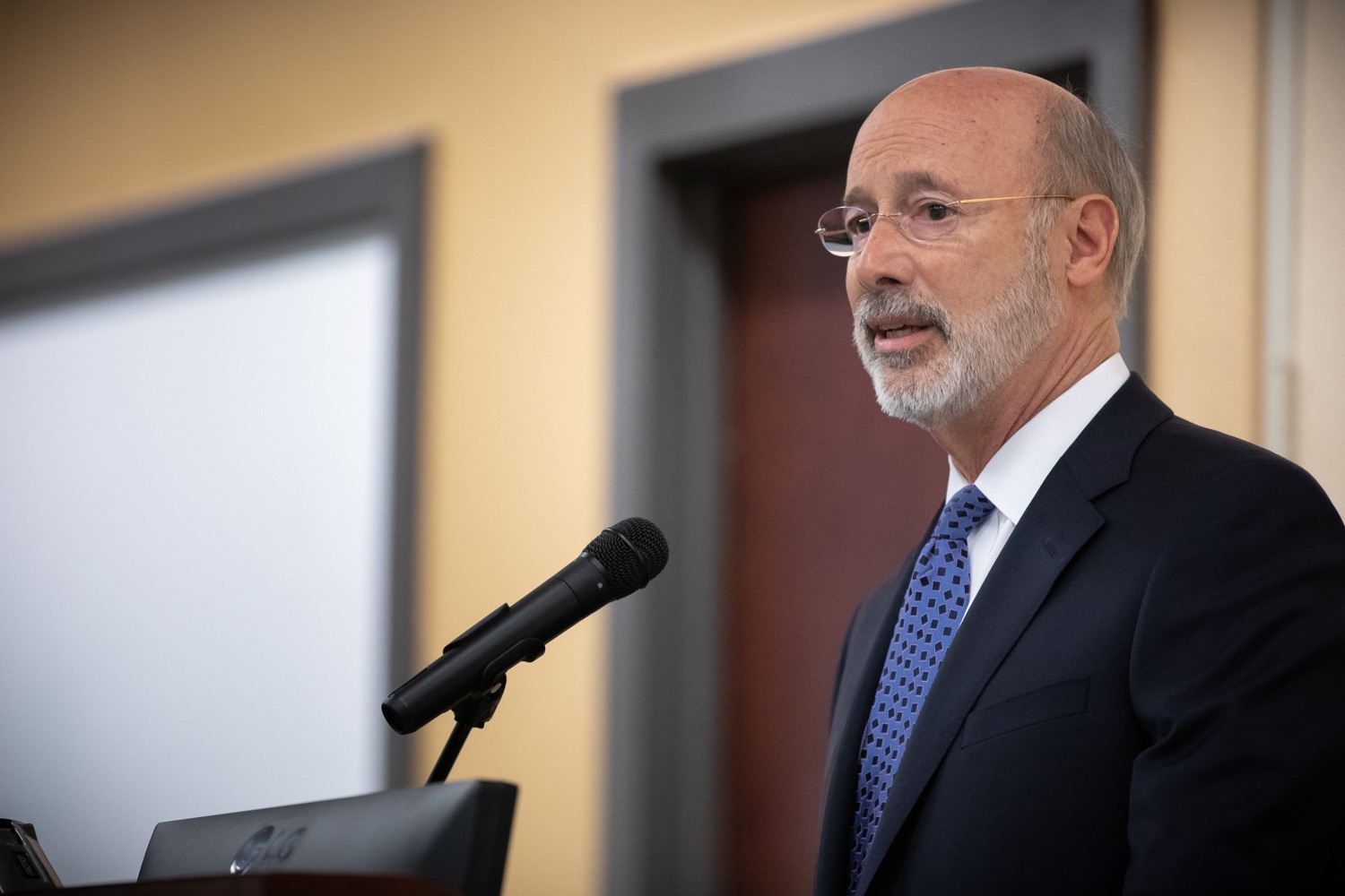 "<a href=""http://filesource.abacast.com/commonwealthofpa/photo/17598_gov_charter_schools_dz_005.jpg"" target=""_blank"">⇣ Download Photo<br></a>Pennsylvania Governor Tom Wolf speaks about charter school reform at a meeting of the Pennsylvania Association of School Administrators.  Governor Tom Wolfs commonsense plan to improve the educational quality of charter schools and control rising costs will save nearly $280 million a year, the governor told the Pennsylvania Association of School Administrators today. The governor has a three-part plan to fix Pennsylvanias charter school law which is regarded as one of the worst in the nation.  - Harrisburg, PA. Friday, November 15, 2019."