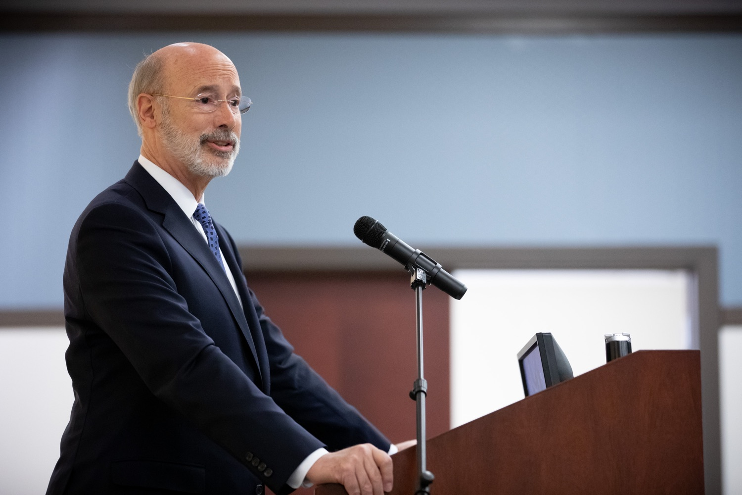 "<a href=""http://filesource.abacast.com/commonwealthofpa/photo/17598_gov_charter_schools_dz_006.jpg"" target=""_blank"">⇣ Download Photo<br></a>Pennsylvania Governor Tom Wolf speaks about charter school reform at a meeting of the Pennsylvania Association of School Administrators.  Governor Tom Wolfs commonsense plan to improve the educational quality of charter schools and control rising costs will save nearly $280 million a year, the governor told the Pennsylvania Association of School Administrators today. The governor has a three-part plan to fix Pennsylvanias charter school law which is regarded as one of the worst in the nation.  - Harrisburg, PA. Friday, November 15, 2019."