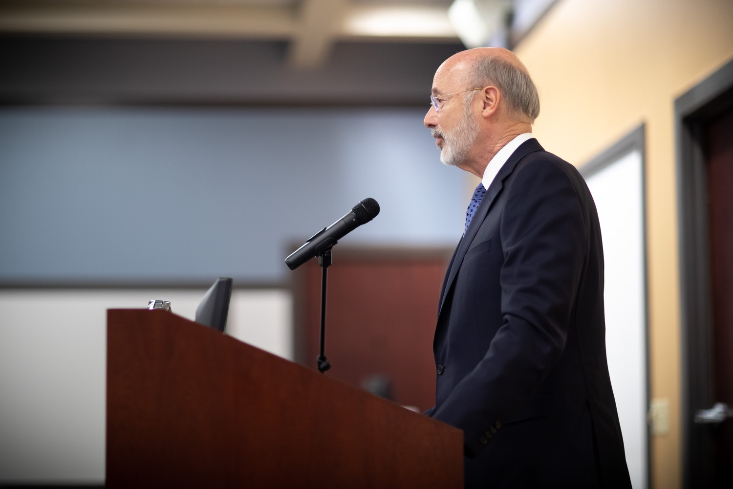 "<a href=""http://filesource.abacast.com/commonwealthofpa/photo/17598_gov_charter_schools_dz_011.jpg"" target=""_blank"">⇣ Download Photo<br></a>Pennsylvania Governor Tom Wolf speaks about charter school reform at a meeting of the Pennsylvania Association of School Administrators.  Governor Tom Wolfs commonsense plan to improve the educational quality of charter schools and control rising costs will save nearly $280 million a year, the governor told the Pennsylvania Association of School Administrators today. The governor has a three-part plan to fix Pennsylvanias charter school law which is regarded as one of the worst in the nation.  - Harrisburg, PA. Friday, November 15, 2019."