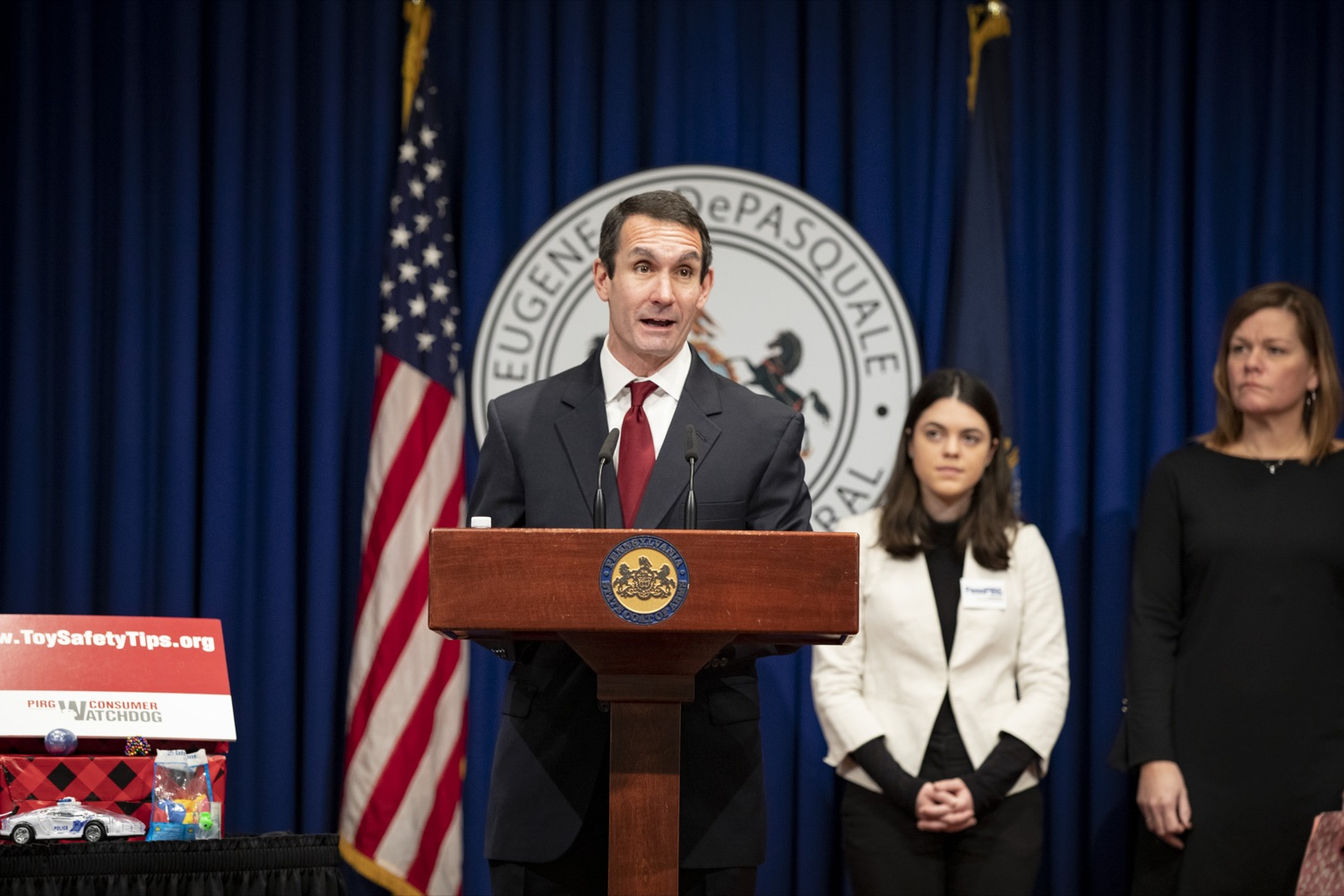 """<a href=""""http://filesource.abacast.com/commonwealthofpa/photo/17610_AUDGEN_TOY_SAFETY_CZ_04.JPG"""" target=""""_blank"""">⇣Download Photo<br></a>Auditor General Eugene DePasquale announces the release of the 34th annual Trouble in Toyland report, advising to recall and remove hazardous toys from store shelves, at the Harrisburg Capitol on November 21, 2019."""