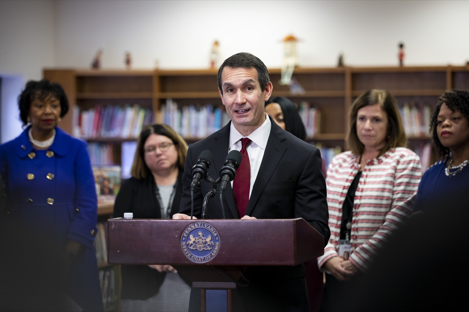 """<a href=""""http://filesource.abacast.com/commonwealthofpa/photo/17611_AUD_GEN_HBG_AUDIT_UPDATE_CZ_09.JPG"""" target=""""_blank"""">⇣Download Photo<br></a>Auditor General Eugene DePasquale announces updates to the real-time audit of Harrisburg School District, applauding improvements in transparency, at Foose Elementary School in Harrisburg on November 25, 2019."""