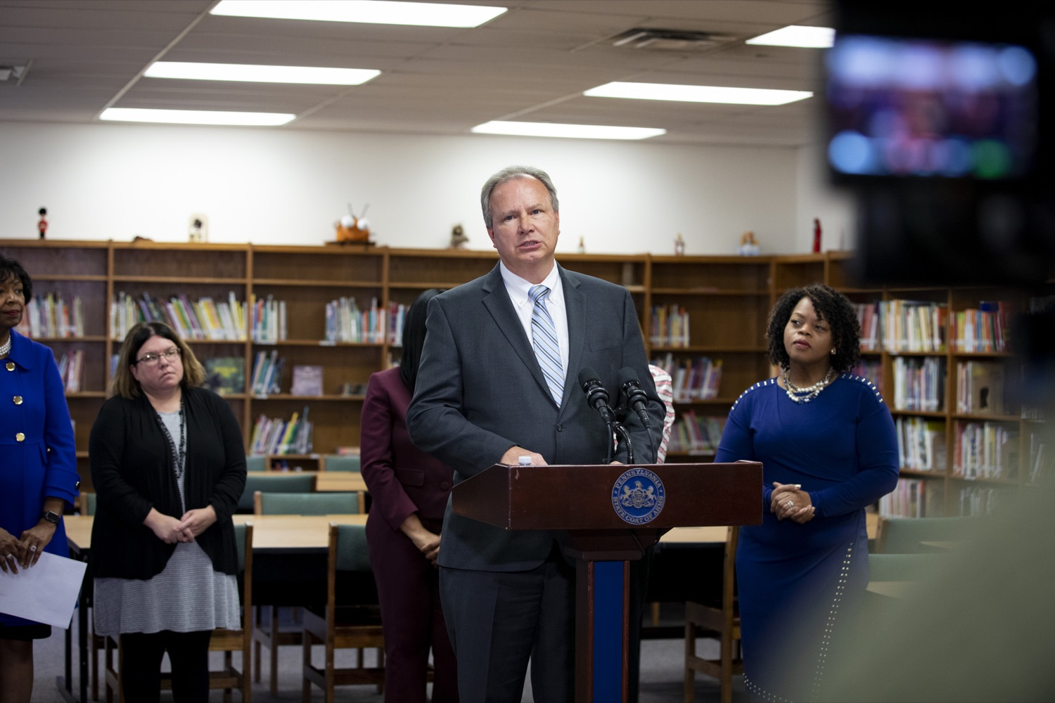 """<a href=""""http://filesource.abacast.com/commonwealthofpa/photo/17611_AUD_GEN_HBG_AUDIT_UPDATE_CZ_11.JPG"""" target=""""_blank"""">⇣Download Photo<br></a>Harrisburg School District Financial Recovery Plan Service Director John J. George discusses the potential consequences of a recent legislative proposal, House Bill 1800, at Foose Elementary School in Harrisburg on November 25, 2019."""