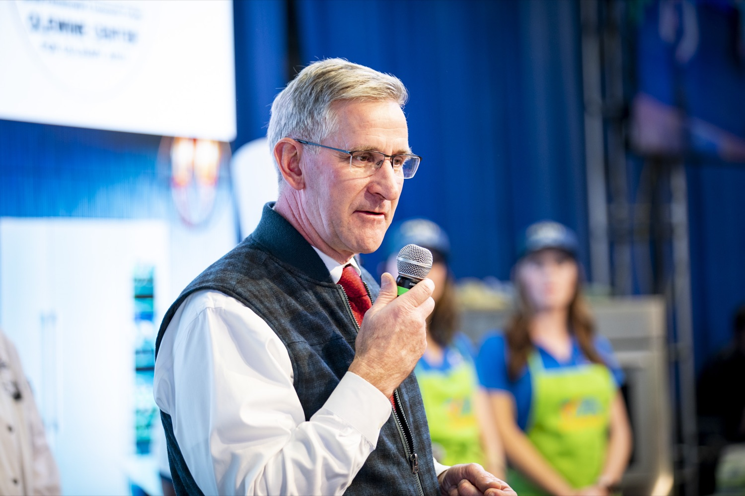 """<a href=""""http://filesource.abacast.com/commonwealthofpa/photo/17651_AGRIC_ARMY_NAVY_COOKOFF_CZ_21.jpg"""" target=""""_blank"""">⇣Download Photo<br></a>Secretary Russell Redding highlights the importance of Military Appreciation Day at the 2020 Army vs. Navy Cook-Off in Harrisburg on January 9, 2020."""